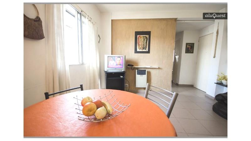 hermoso departamento de 2 dormitorios, frente al hospital italiano - 615307