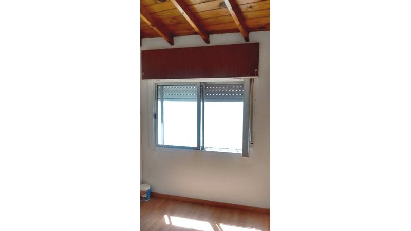hermoso e impecable duplex, 3 ambientes y patio,zona centrica de caseros - 1185912
