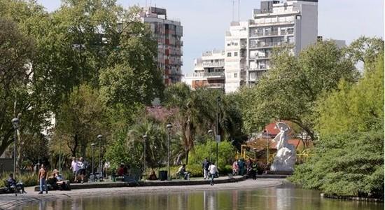 Obras desde el pozo en Parque Centenario